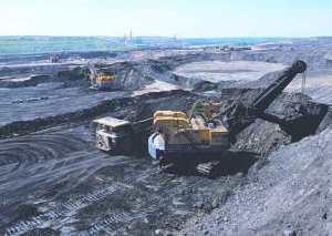 Mining oil sand